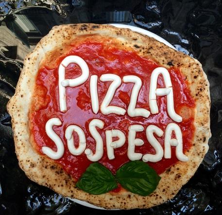 Sindaco sospeso sorbillo rilancia la pizza sospesa for Pizzeria il tocco