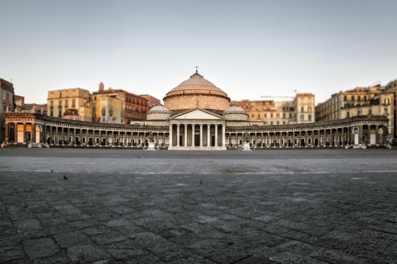 Sabato 12 marzo piazza del plebiscito mediterraneo for Planimetrie del palazzo mediterraneo