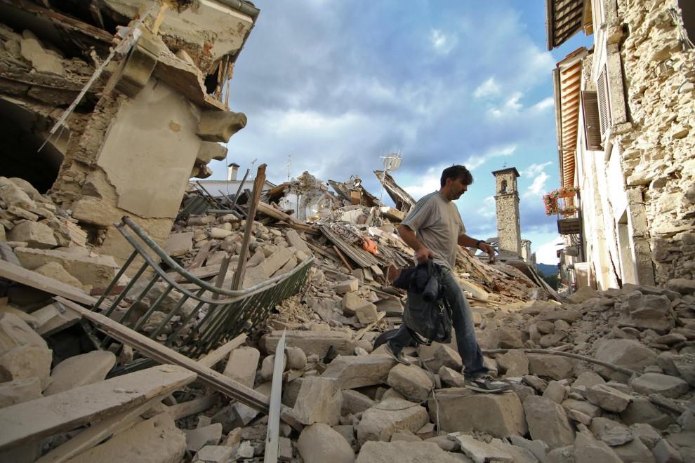 Terremoto in centro Italia, attivo il Facebook Safety Check