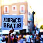 ABBRACCI GRATIS!