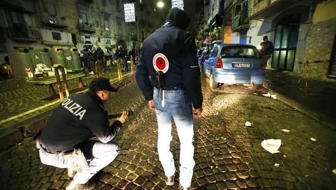 Napoli, agguato nel rione Sanità: ferito il figlio del boss Sequino