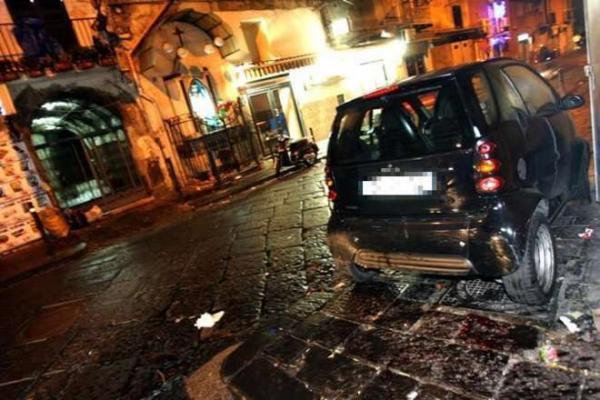 Una stesa ha animato la notte scorsa nel Rione Sanità a Napoli