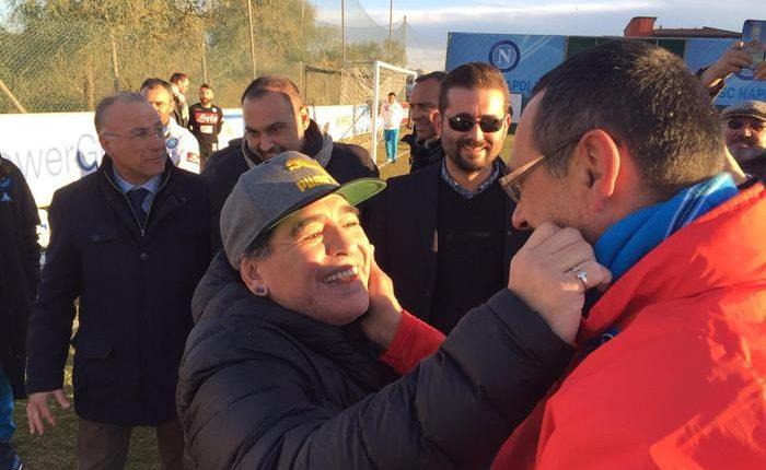 ++ Maradona fa visita al Napoli, 'convocato per Madrid' ++