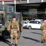 Foto 2 - I militari di Strade Sicure presidiano la Stazione Centrale di Napoli