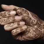 landscape-1501423185-tatuaggio-henne-rischi-tatuaggi-indiani