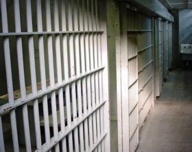 generic-jail-cell-11032014-mgn