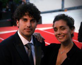 cristiana-dellanna-con-il-marito-emanuele-scamardella_red-carpet-a-venezia_5-settembre-2018_ph-michele-pelosio-copia
