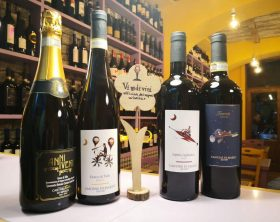 degustazione-cantine-di-marzo-enoteca-vini-divini-napoli