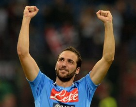 hi-res-181574193-gonzalo-higuain-of-ssc-napoli-celebrates-victory-at-the_crop_exact
