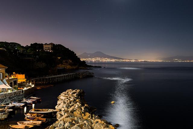 Una Notte A Napoli Napolitan It