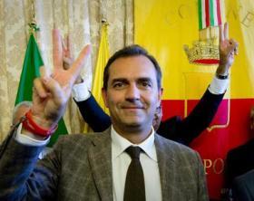 ++ De Magistris: Tar invia atti a Consulta, torna sindaco ++