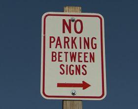 316432249-divieto-di-parcheggio-cartello-stradale-ashland-scrittura