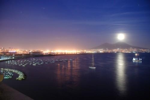 La Notte A Napoli Malinconia Speranza Passione Amore Napolitan It