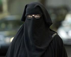dtho13October007.JPG / Muslim Women Naqab