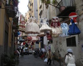 Carnevale-Napoli-costumi-586x439