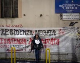 Casa: protesta a Napoli,vestiti da suore davanti a ex scuola