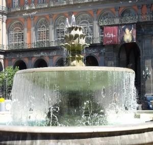 piazza_trieste_trento_napoli_2