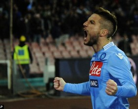 1387140539863_lc_galleryImage_Napoli_s_Dries_Mertens_ce