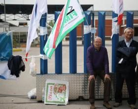 Whirlpool: lavoratori Caserta bloccano superstrada