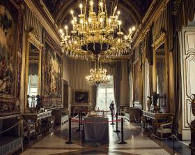 palazzo-reale-di-napoli-e1403441930408-640x400