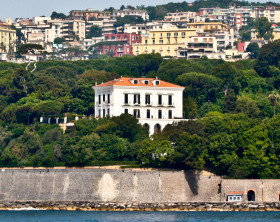 Napoli_-_Villa_Rosebery_(Posillipo)