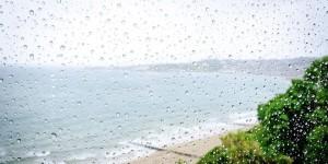 estate-vacanze-sondaggio-coldiretti-un-italiano-quattro-cambia-meta-maltempo-spiaggia