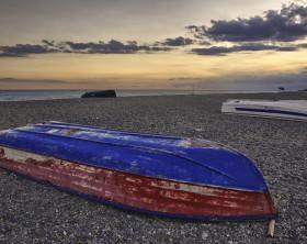 Barche-rovesciate-a-fine-estate.11