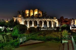 Lo scenario notturno dell'Anfiteatro Campano (1)