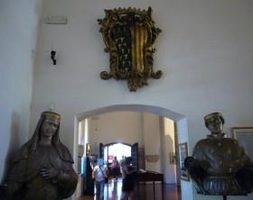 4713-Napoli_s_Chiara_museo_-_Sancia_e_Roberto_d_27Angi_C3_B2_1040888