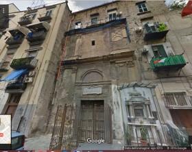 Chiesa di San Pietro a vinculis. Napoli, via Sedile di Porto.