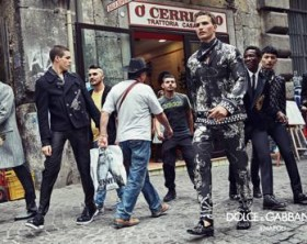 Dolce&Gabbana campagna pubblicitaria FW16 Napoli (7)_MGTHUMB-INTERNA