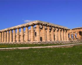 02-scavi_paestum_basilica_e_tempio_di_nettuno