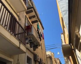 1471077582-0-e--morto-il-bimbo-caduto-dal-balcone