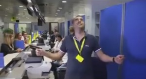 """Alle poste: """"ANDIAMO A LAVORARE!"""""""