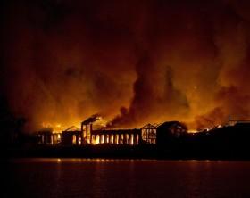 L'incendio a Città della Scienza