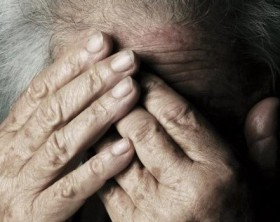 violenza-anziani-672x350