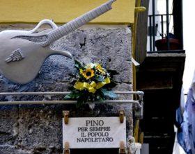 Musica: Pino Daniele due anni dopo, Napoli ricorda e canta