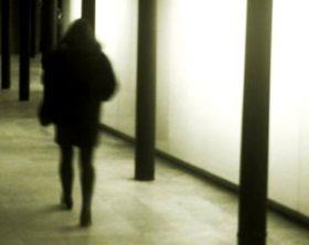 ragazza-pedinata-e-violentata