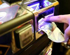 Centri scommese e slot machine nei quartieri genovesi 04/01/2011