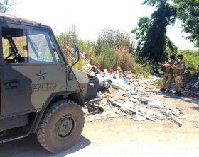 1-militari-impegnati-nel-contrasto-allo-sversamento-illegale-di-rifiuti