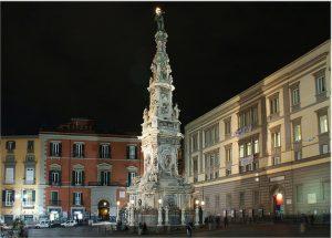 piazza-gesu-notte-2