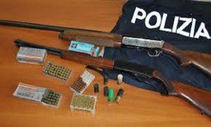 polizia-ponticelli-arsenale-fucili-sequestri