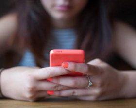 cyberbullismo-caso-kqrc-u460501437121653yh-1224x916corrieremezzogiorno-web-mezzogiorno-593x443