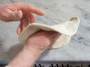 antica-pizza-fritta-da-esterina-sorbillo-14