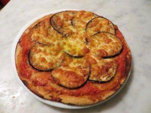 pizza_rustica_aslla_parmigiana-1-620x465