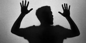 attacchi-di-panico-cosa-fare-sintomi-cause-terapia