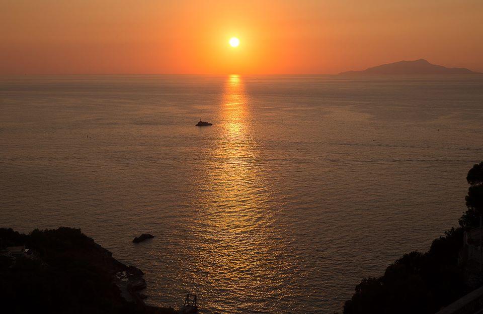Il tramonto visto da Bellavista Francischiello- Hotel&Spa