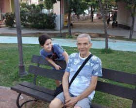 nonno-mario-con-la-sua-nipotina