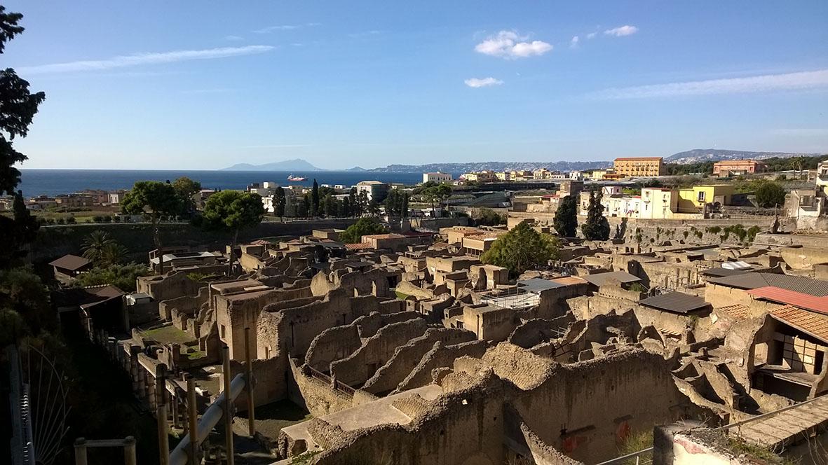 herculaneum-view_lgt