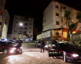 Napoli: Blitz dei Carabinieri al Rione De Gasperi al quartiere Ponticelli